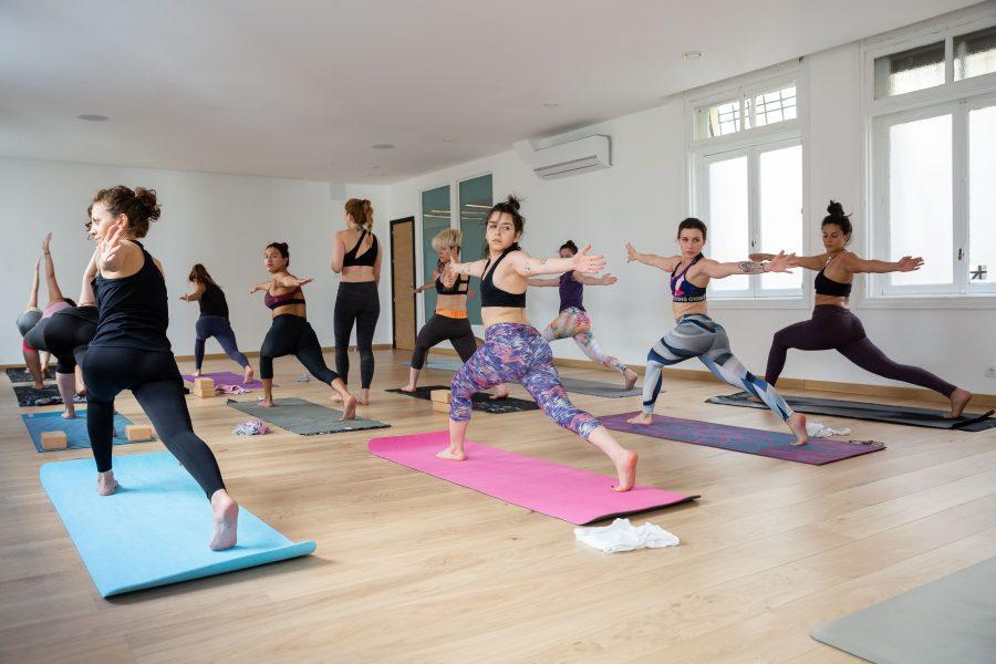 5 palabras en sánscrito que todo practicante de yoga debe conocer